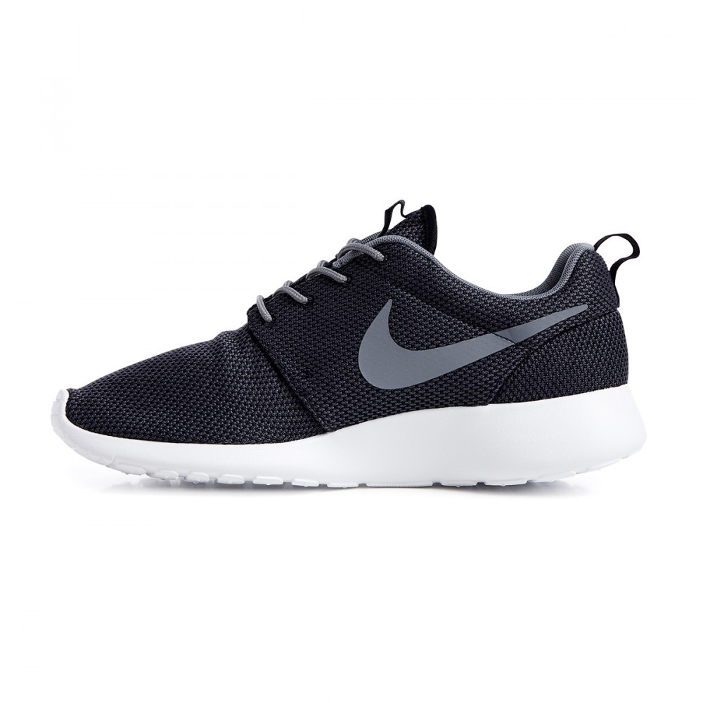 nike roshe run ref 511881 011 chaussures hommes running. Black Bedroom Furniture Sets. Home Design Ideas