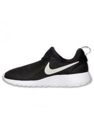 Nike Roshe Run Homme / Slip On Noir (Ref : 644432-001) Running