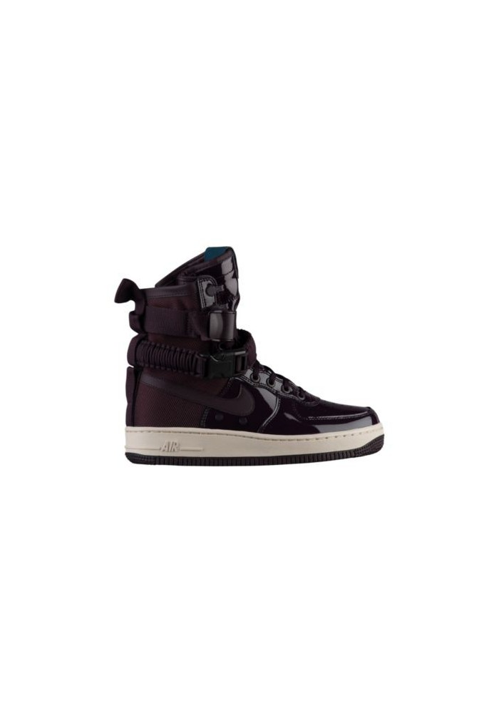 Basket Nike SF Air Force 1 SE Femme J0963-600