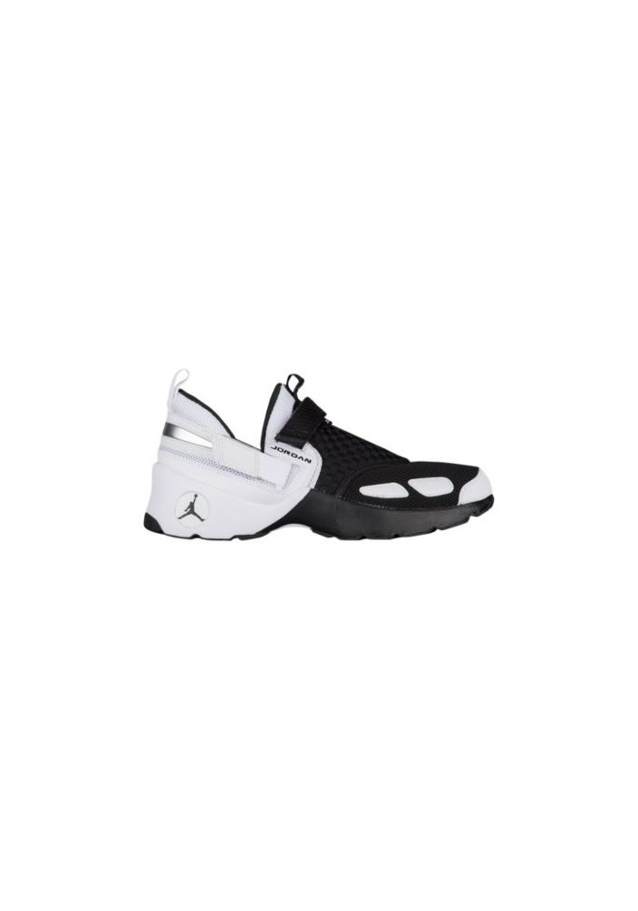 Basket Nike Air Jordan  Trunner LX Hommes 97992-010